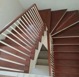 Tangga kayu solid/railling kayu/pagar kayu/decking kayu/flooring kayu