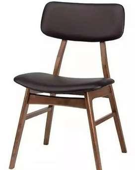 Kursi makan dengan Barr jati solid