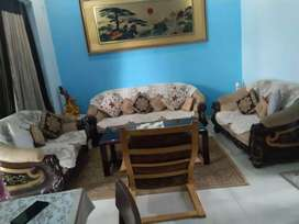 7 seater sofa set (3+2+2) in good condition