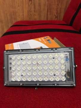 Lampu sorot LED 50watt