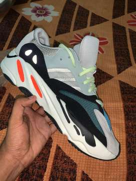 Adidas Yeezy 700 shoes