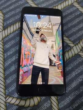 Iphone 7 plus *price is negotiable* (128gb)