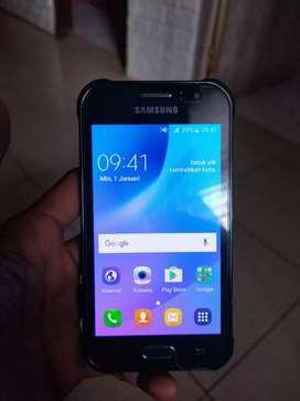 Samsung galaxi j1 ace