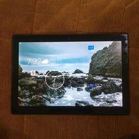 Lenevo Tab 10.1 inch fhd display with 2gb ram