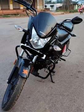 Very well maintained Honda Livo/Black Colour