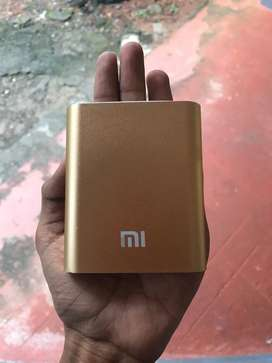 10400Mah new Mi power bank with cover and charger