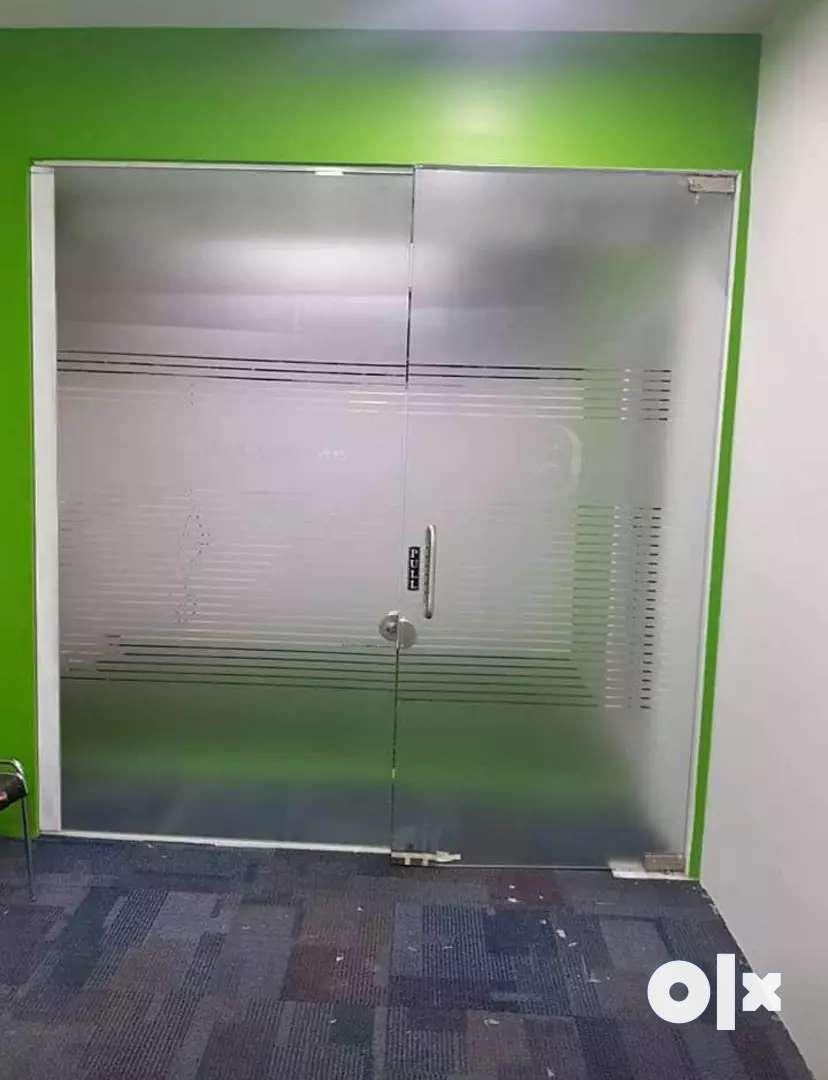 Used glass partition Wich looks like new condition 0