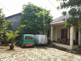 Rumah Kampung Dekat Stasiun Depok Lama