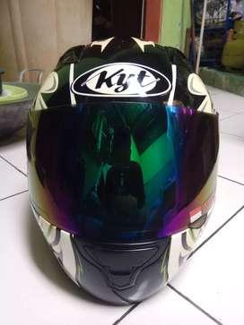 Helm fullface KYT RC seven uk L