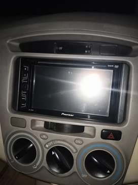 Head unit pioneer AVH-195DVD