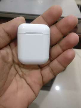 Apple Air pods available with warranty and without warranty