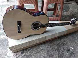 Gitar akustik elektrik ceper empuk