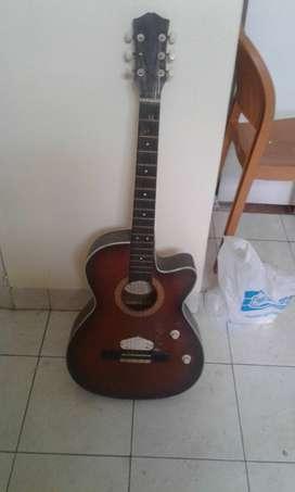 Dijual Gitar Bekas Kondisi Masih Bagus