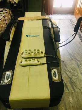 Very less used Span Sure Massage Bed with remote and leg massage