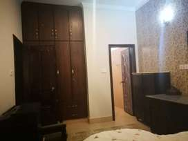 Paying guest room in Johar town