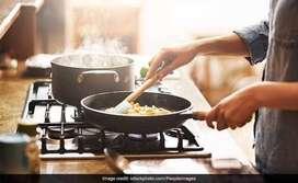 Guest house ke lie Cook chahiye