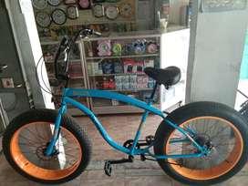 Sepeda Fatbike ISTIMEWA