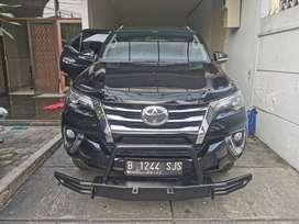 Dijual Mobil Toyota Fortuner VRZ Hitam Black Tahun 2017 Tangan Pertama