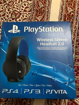 Sony Wireless Headset 2.0 PS4/ PlayStation 7.1 Surround Sound[Pre-own]