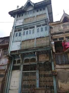 Unfurnished 3 storey home