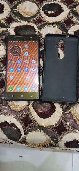 Lenovo k8 plus 3gb Ram and 32 gb rom at 4500 Rs