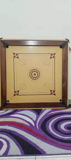 carrom board slightly used only one month