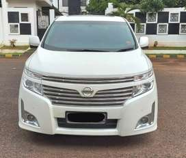 Dijual Nissan Elgrand 2013.