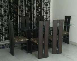 6seater dining table.