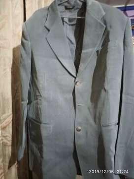 Coat pent without t-shirt