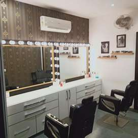 Fully furnished salon and academy ready to move..