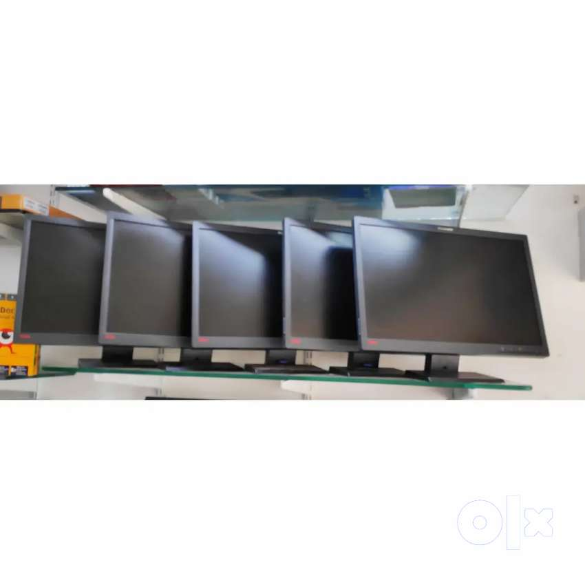 """MONITOR DEAL LENOVO THINKVISION 22"""" inch  LCD 0"""