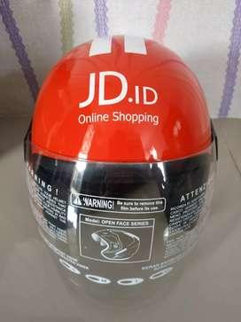 Helm salah satu online shopping