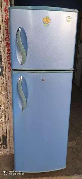 LG 240 ltr double door refrigerator