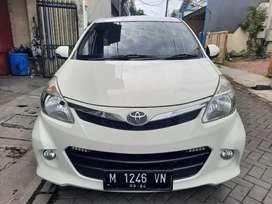 Toyota New Avanza Veloz 1.5 Manual/MT 2014 warna Putih Odo. 83rb