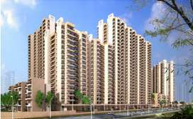 4BHK Flats for sale in Gaur Yamuna City 16th Park View Gr.Noida