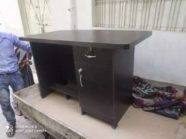 Wholesale - Office table all Sizes