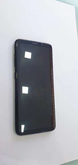 Samsung galaxy s8, in mint condition