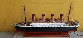 Miniatur kapal layar/pesiar/perang