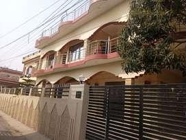 Age 10 years,1 big lobby,1 puja room ,1 baranda, big kitchen, 1 laun