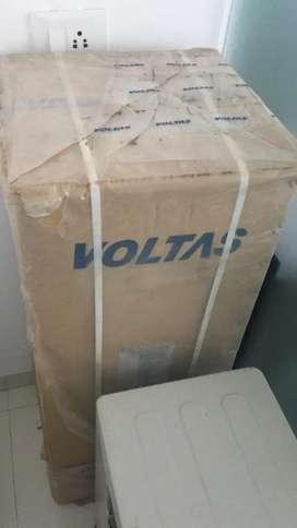 Water dispenser VOLTAS PACK PIECE