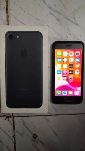 I phone 7 128 gp new condion