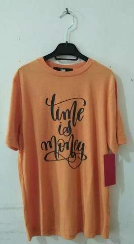 T Shirt Anak Oliver size M