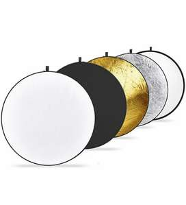 Collapsible reflector for studio and photography.
