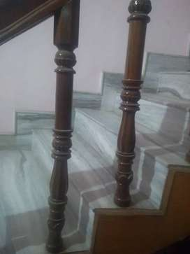 Wooden stair pillars (paave)