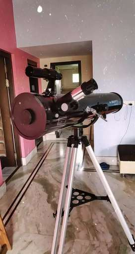 Reflector Telescope by Dr Maddys