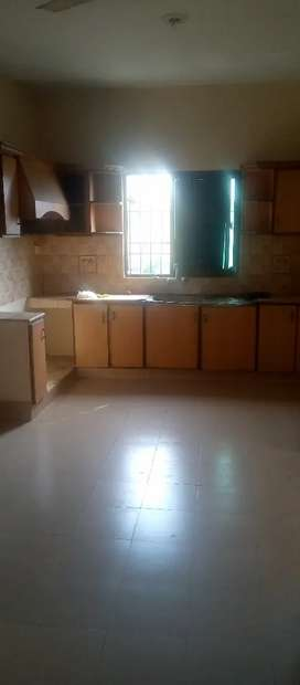 Flat for rent in garden town lahore