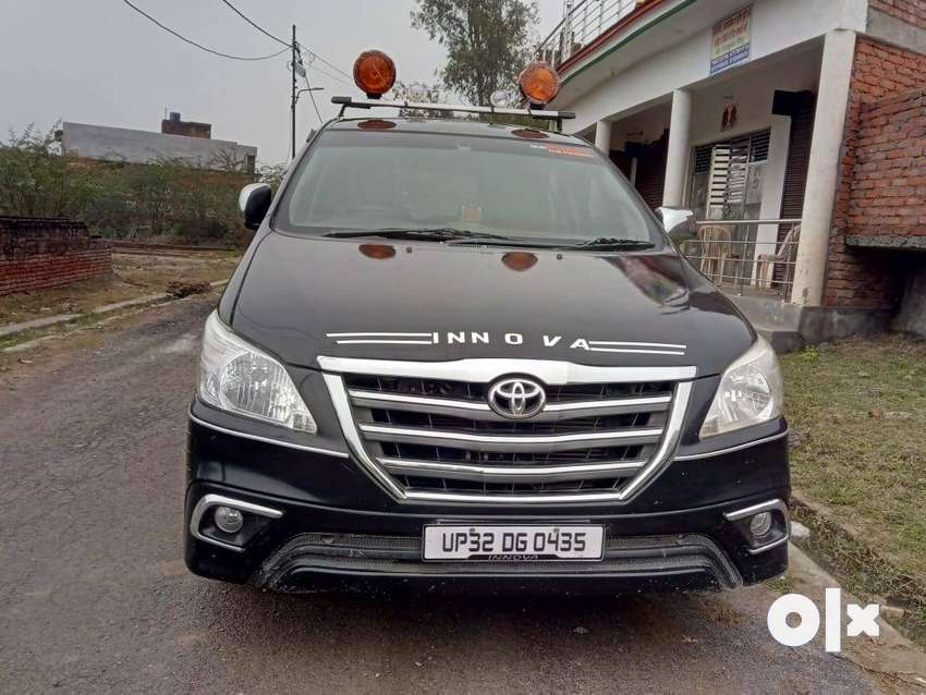 Toyota inova in a very good condition driven only 25000 km 0