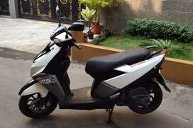 Sale 14 month old Bs-4 TVS ENTRQ 125cc scooty 60k.