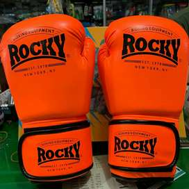 Sarung tinju/kick boxing merk rocky