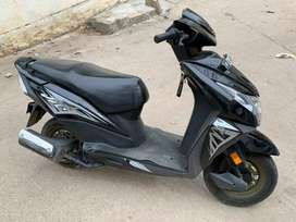 Honda Dio SVC110FK BS4 black colour first owner